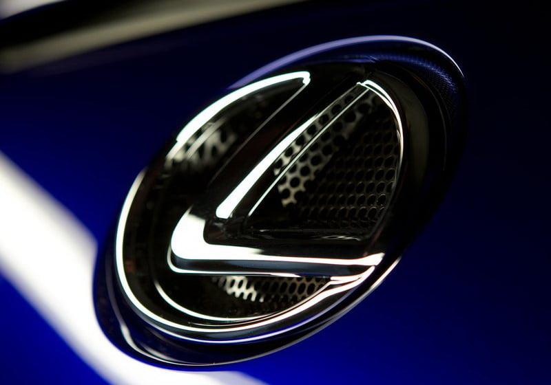 Lexus Car key replacement services orlando